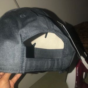 Nike Accessories - NIKE UNISEX ADJUSTABLE HAT